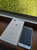 Продаю оригинальный iPhone 8+ Дзержинск